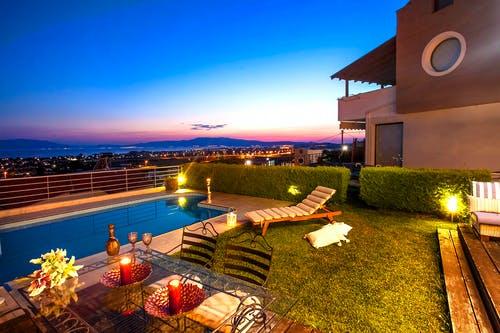 real estate in the Malibu Beach