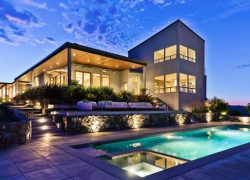 Luxury House for Sale in Manhattan